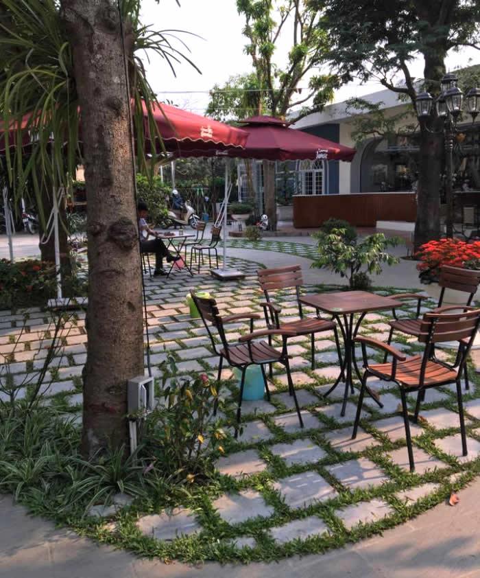 Sân vườn nhà ở gia đình ở Diễn Châu