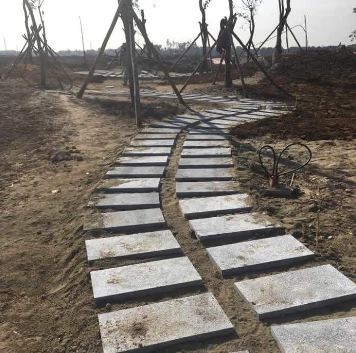 Thi công sân Công viên Hưng Nguyên Nghệ An